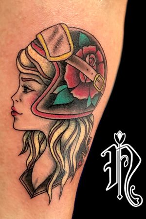 Traditional girl rider #ritesofpassagefestival #neotraditionaltattoo #traditionalgirl #traditionalgirltattoos #tattoos #tatuaggio #girlwithhelmet #girlswithmotorbikes #girlonbiketattoo #traditionaltattooflash #flashtattoo #authentink_studio #sydneytattoo #sydneyart #sydneyartist #sydneytattooartist #iked #inkedpeople #inkedbabes #inkedgirl #lovetattoo #traditional_art