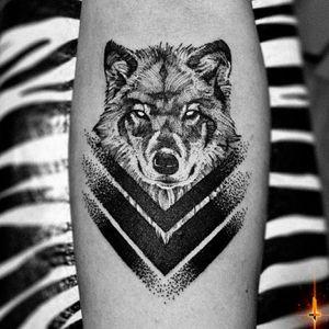 Inspired by one of my tattoo idols, @ro_tattoo 🖤🤘🏼🖤 Nº848 #tattoo #tattooed #ink #inked #boyswithtattoos #wolf #wolftattoo #blackwork #blackworktattoo #dotwork #dotworktattoo #symmetry #symetrictattoo #geometry #geometrictattoo #stencilstuff #dynamiccolorco #dynamiccolor #dynamicink #hummingbirdcartridges #cheyennetattooequipment #hawkpen #bylazlodasilva