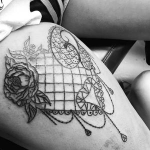 Girly fishnet/jewelry heart on the thigh! Would love to do more like these!