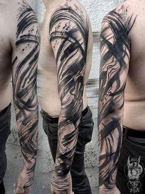 #kuro #kurotrash #tattoo #tattooing #tattoos #tattooed #tattooer #black #blackandwhite #blackwork #blackworkers #ink #inked #onlythedarkest #blackink #tattooart #tattooartist #vienna #wien #color #black #peonies #blackink #tattooartist #tattoolife #abstract #geometric #tattoosleeves #black #brush #splashes