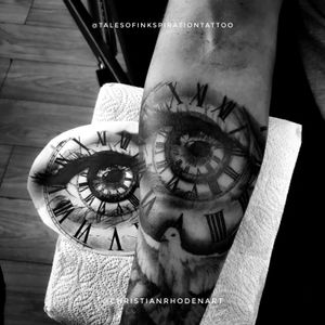 Clock and eye on Albert to finish up his sleeve