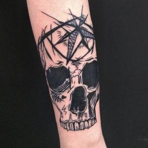 Black work skull, by Adam McDade #illustration #skulltattoo #blackworktattoo