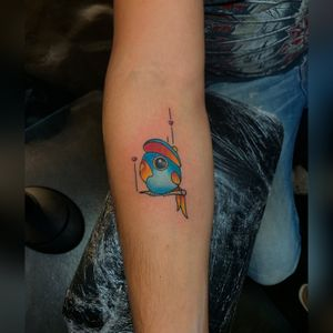 Did this lil love bird for luis 🐦 thanks for the trust brother ! Done at @crackerjacktattoos ⚔️ #TattzByAG #Ink #Tattoo #Tatuaje #BodyArt #ArteCorporal #dfw #dfwtattoos #fortworth #fortworthtexas #fortworthtattoos #traditional #traditionaltattoo #Neotraditional #neotraditionaltattoo #boldcolors