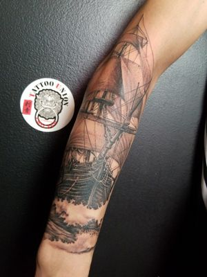 #tattoounion #horifong #chicagotattoo #chicagotattooshop #chicagotattooartists #chicagobesttattooartists #boat #realstic