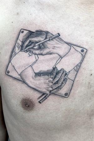 MC Escher's drawing. #tattoo #tattooed #ink #inked #tatuajes #bergentattoos #ytrearna #mechainktattoostudio #tatovering #bergen #bergentattoo #tattoonorway #tatoveringbergen #bergentattoostudio #norwegiantattooers #scandinaviantattooers #norwegiantats #blackandgreytattoo #mceschertattoo
