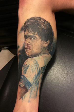 Portrait Maradona #diegomaradona #tattoo #netherlands #tattooartist #cultart #cultartshop #nijverdal #nl #gja #aaltink #aaltinktattoo #diego #maradona #portrait #tat