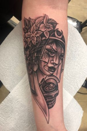 Gypsy fortune teller added to the forearm! By Fleur Tufnell in Exeter, UK. #gypsytattoo