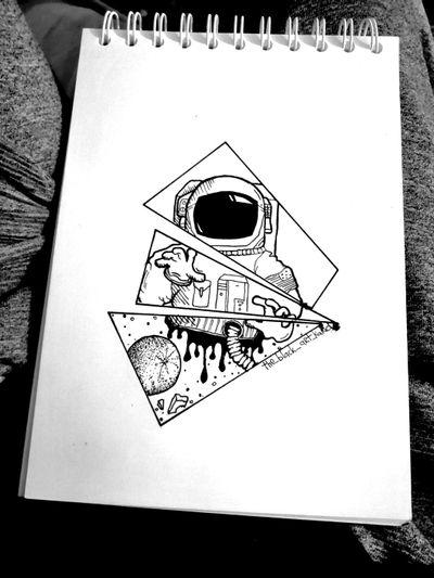 #blackwork #dotworktattoo #tattooink #tattoofans #blacktattoo #tattoo #tattooidea #cosmos #cosmonaut