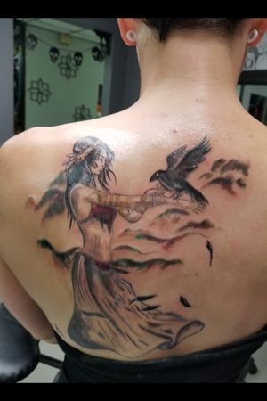 The Morrigan shoulder piece