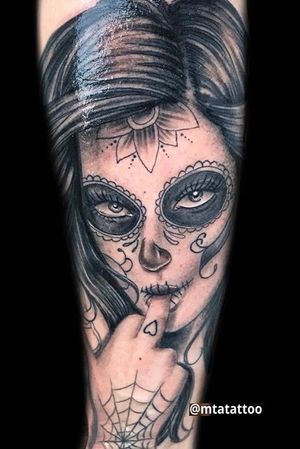 Santa muerte - sugar skull girl by mta mtattoo mtatattoo milano #chicanotattoo #chicanostyle #chicanoart #chicanolettering #chicanoarte #chicanosoul #chicanotattoo #chicanolifestyle #chicanoletteringtattoo #chicanobikers #chicanostattoo #chicanohiphop #chicanostyletattoo #chicanorapmagazine #realistictattoo #realistic #portraittattoo #sketchttattoo #love #art #payasa #payasatattoo #clowngirl #mask #blackandgrey #blackandwhite #tatuaggi #chicana #mtajoe @mtatattoo