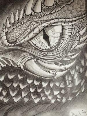 Ojo de dragón ✍️✏️ @rafa.blueinktattoo en Instagram #blueinktattoo #dibujo #drawing #drawinghands #dibujoamano #dibujolapiz #dibujando #ojodedragon #dragone #dragoneye #gameofthrones #ciruelocabral #gustavocabral #drache #драко #dragao blue ink tattoo Rafael González 🇲🇽 inbox página Facebook https://www.facebook.com/blueinktattoooficial/n