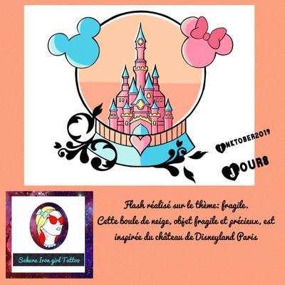 Je vous présente un flash que j'ai adoré dessiner. Un superbe globe contenant le château de Disneyland Paris. Il répond au thème fragile. Petite nouveauté vous pouvez réserver gratuitement les flashs qui vous plaisent en m'envoyant un mp Facebook. @sakurairongirltattoo #tattooflash #flashtattoo #Inktober2019 #Inktober #TheFrenchInktober #disney #mickey #disneylandparis #fullcolortattoo #tattoofrance #francetattoo #kawaiitattoo #cutetattoo #graphictattoo #tattoographic #tattoocolor #colortattoos #minnie #frenchtattooflash