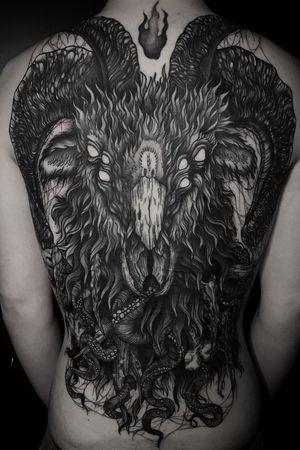 Backpiece complete for Bailey! It's been such a pleasure 🤘🤘🤘thank you so much. Can't wait for the next one! #tattooartists #newzealandtattoos #nztattoos #wellingtontattoos #tattoos #tattooartist #ink #blackworktattooartist #saturniatattoos #nztattoo #inkillustration #horrortattoo #blackworkershero #illustrationow #blackworkart #horrorart #darkarttattoo #btattooing #darkart #thy.art.is.art #thedarkestwork #a_drop_of_black #creepy #tentacles #hplovecraft #tattoodesign #blvckwork #blkttt #blackworknow #baphomet