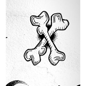 Crossbones available to be tattooed