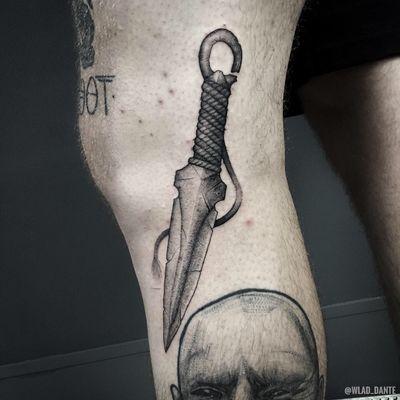 Кунай. По моему рисунку. #knife #knifetattoo #dotwork #darkart #darktattoo #darktattoos #horror #saintpetersburg #weapon #weapontattoo