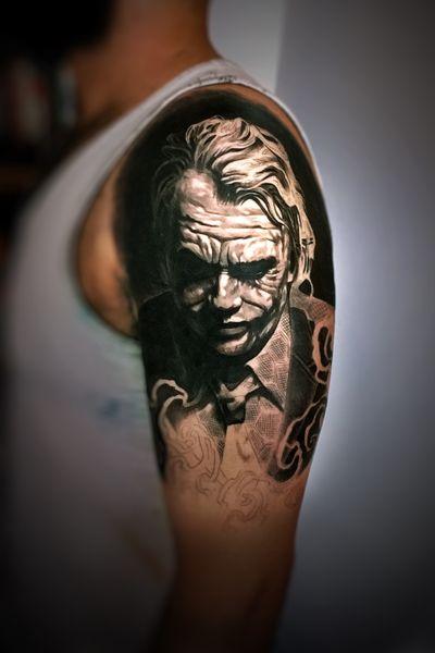 #Onlythebesttattooart #tattoo #ink #cristianrodrigueztattoos #blackandgrey #realism #surrealism #dotwork #ornamental #tribal #gemetric #colortattoo #jokertattoo #joker