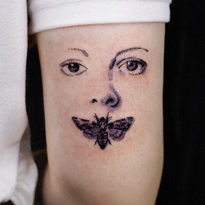 Silence of the Lambs - movie tattoo by SooSoo of Studio by Sol #SooSoo #StudiobySol #Seoul #Seoultattooartist #Koreantattooartist #Korea #movietattoo #SilenceoftheLambs #moth #eyes #arm