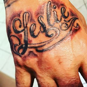 #handtattoo #blackandgreytattoo #blackandgrey #letteringtattoo #calligraphytattoo