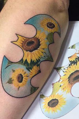 #sunflower #batman #sunflowerbatman #fullcolor #klodidoda_tattooist #stuttgart