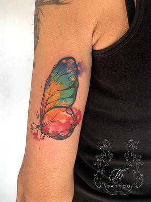 Butterfly tattoos #watercolortattoo #tattoo #tattoos #tatuaje #butterflytattoo #tatuajefete #tatuajebucuresti #tattoobucharest www.tatuajbucuresti.ro