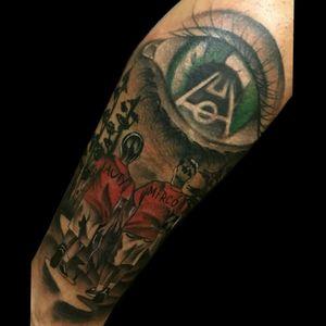 Ultimo del dia.. #tattoo #inked #ink #blackandgrey #color #boys #futbol #eye #eyetattoo #ojotattoo #futboltattoo #luchotattoo #luchotattooer