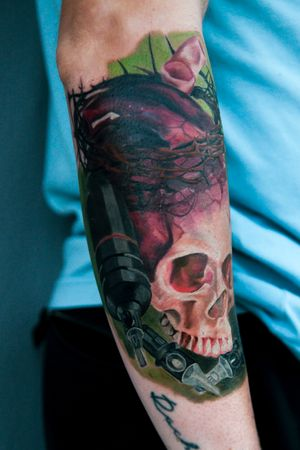 #skull #tattoo #machine #solnova #cheyenne #cartridge #needle #color #realism