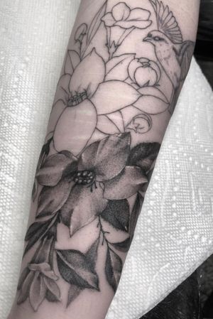Work in progress on this single needle stupor shaded tattoo. #fineline #singleneedle #singleneedletattoo #dotwork #stippletattoo #singleneedlework #finelinework #singleneedletattoos