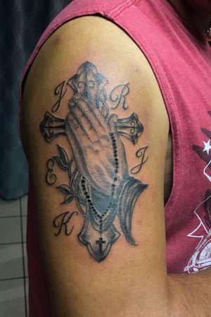 #prayinghands #rosary