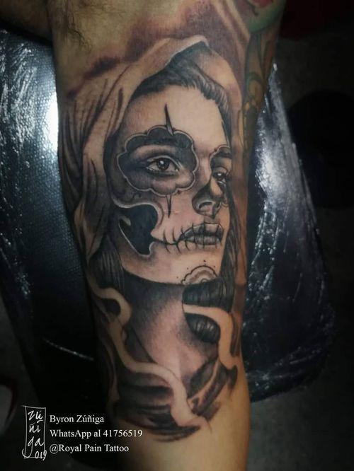 Catrina in black and grey . #guatemala #byronzuñiga #blackandgrey