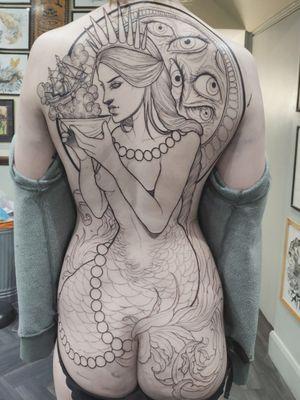Mermaid backpiece still in progress on Margrethe #mermaidtattoo #mermaid #berlintattoo #berlin #berlinink #backpiecetattoo #backpiece #wip #linework #neotraditionaltattoos #neotraditional #illustrationtattoo #newtraditional #surrealism #surrealistic