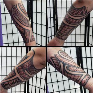 Polynesian/tribal forearm wrap