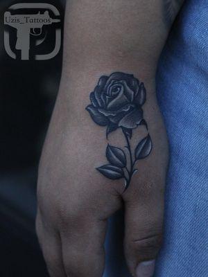 ✅Thanks for following, I had a lot of fun doing this Rose 🌹 . . #TattooIdeas #SouthbayTattoo #RafaelCamarena #Mexican #TattooArtist #Uzis_Tattoos #WestCoast #Tattoos #Tattoo #TattooLifeStyle #Southbay #ChicanoArt #Tatts #LosAngeles #HarborArea #California #Girlswithtattoos #WomenwithTattoos #Rose #RealisticTattoo #RoseTattoo #BishopMagi #BlackAndGreyTattoo #TattooShop #Art #Ink #SexyTattoos #Tatuaje