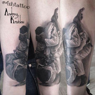 #tattooed #tattoos #ink #dynamicink @4ih_tattoo #AndreyKruhlou #blackandgray #graywash #Minsk #guestspots #tattooartist #tattooart #tattoostyle #artist #art #tattoophotography #animaltattoo #guestspottattoo #guestspot #tattooguestspot #tattooistartmag #tattoorealistic #sports #sport #karate #karatetattoo #jiujitsu #jiujitsutattoo #tattoojiujitsu #UFCTattoos #ufc