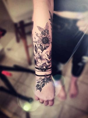 Full half forearm flower piece I designed and tattood for a good friend!