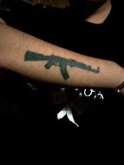#ak47 #gun #weapon #handtattoo #kalashnikovtattoo