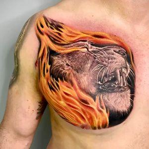 Lion fire done in 1 session #intenzepride #tattoounity #miamitattoos #instapic #instatattoo #tattooedgirls #tattooartist # tattoogirl #realistictattoo #tattooideas #artwork #fullcolortattoo #colortattoo #miamitattoos #305tattoos #floridatattoos #nortmiamitattoos
