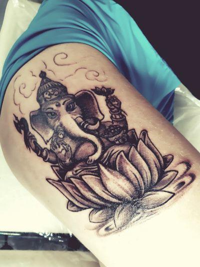 Ganesha #tatuaje#tatuajes#tatuajeganesha#ganesha#ganeshatatuaje#tatuajebarcelona#tattio#tattoos#tattooganesha#ganesha#ganeshatattoo#tattoobarcelona#