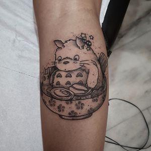 #kuro #kurotrash #tattoo #tattooing #tattoos #tattooed #tattooer #black #blackandwhite #blackwork #blackworkers #ink #inked #onlythedarkest #blackink #tattooart #tattooartist #vienna #wien #dots #japan #blackink #anime #studioghibli #tattooartist #tattoolife #miyazaki #manga #noface #nofacetattoo #noface #Ramen #waves #ghiblistudio #ghiblitattoos #ghibli #Totorotattoo #totoro
