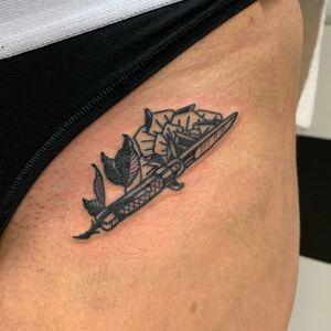 rose dagger tattoo zurich hautrock haarrock