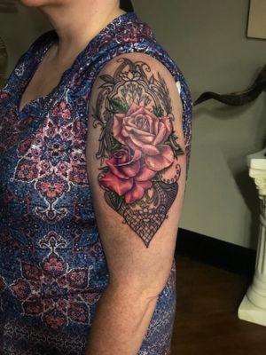 Fineline ornamental color roses realism ornate henna