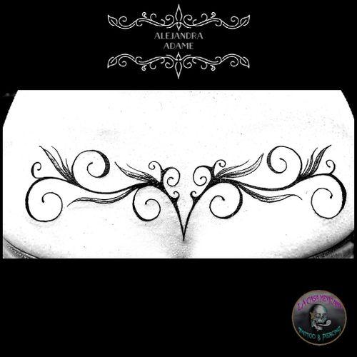 Lower back as 1rst tattoo. 😉🔙😉🔙😉🔙😉🔙😉🔙😉 #tattoo #tatuaje #tatouage #lowerbacktattoo #tatouagebasdudos #arabesquetattoo #tatuajedearabescos #tatouagedarbesques #tatouagearabesque #tattoodo #tattoolover #tattoolovers #ferneyvoltaire #tattooferneyvoltaire