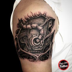 //Biomech// #tattooart #tattooartist #czechtattoo #blackandgrey #biomech #biomechanical #