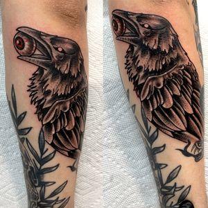 Blackwork crow #blackwork #blackworktattoo #animal #animaltattoo #birdtattoo #blackandgreytattoo #dotwork #dotworktattoo