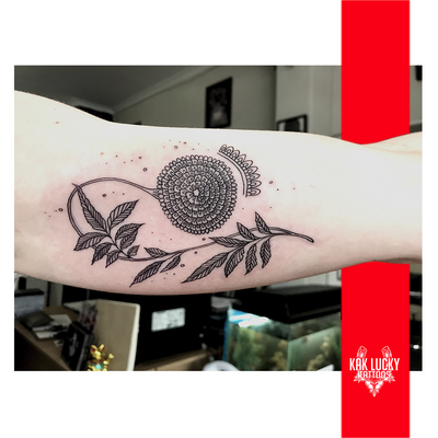 Flos Potentia . . . Floral work done by Nikita Jade Morgan . . . . WALK INS WELCOME or: Email: info@kakluckytattoos.com Call: 021 422-2963 . . . @flashheal @balmtattoonordic . . . #tattoos #art #capetown #kakluckytattoos #tattoo #tattooartist #tattoosofig #crispy #kloofstreet #southafrica #420 #tattoodo #tattooartist #tattoosofinstagram #tattoodude #balmtattooafrica #capetowntattoo #kaapstad #capetowntattoos #fresh #floraltattoo #beauty #flora