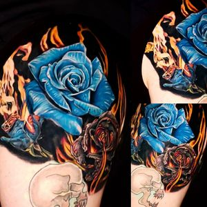 #blackandgreytattoo #blackandgreyrealism #skull #rosestattoo #realism #colortattoo #burningroses #helios