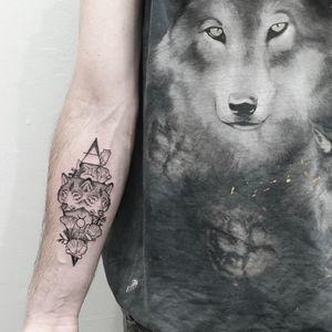 #wolf #gemini #geometry #poppies #symbolism #forearm