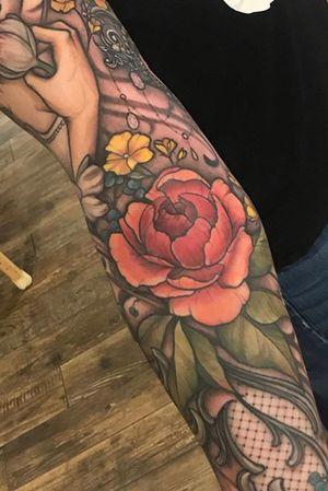 inner part of Victoria's sleeve