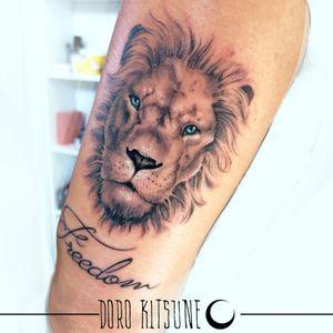 Lion blue eyes realistic leone