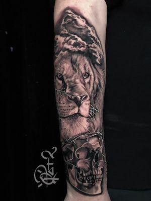 IG @q_tat2 #lion #blackandgrey #qtat2 #qtats #tattoo