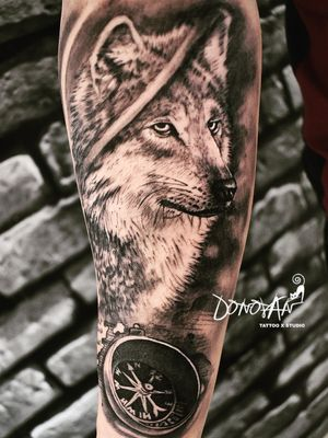 Lobo Realismo 🔥 #DonovanTattoo 📌📌 Ubicados en #tunja , barrio el bosque, 🏃👣 llegando a la Universidad #juandecastellanos ⏳Cotizaciones al #whatsapp📲 311-293-93-61☎📞 Mas trabajos en mi perfil 🔎 🔎⬆⬆ @donovan_tattoos 💪👊 #tatuajes #tattoo #tattoos #ink #inked #tattooart #art #tattooed #tattooartist #tattoolife #tattooist #tattooinspiration #tattooink #tatuajesenfotos_ink #colombia #tunja